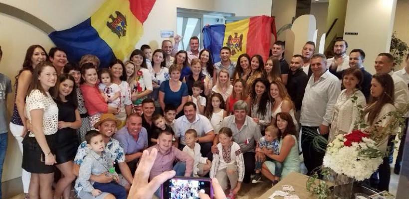 Constantin Moscovici a dus primăvara peste mări și țări! Cum au marcat moldovenii din Miami sărbătoarea Mărțișorului