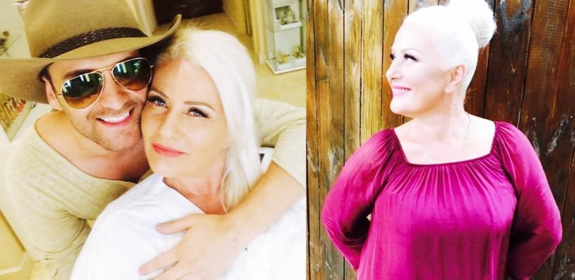 La 57 de ani, mama interpretului Ionel Istrati arată spectaculos (FOTO)