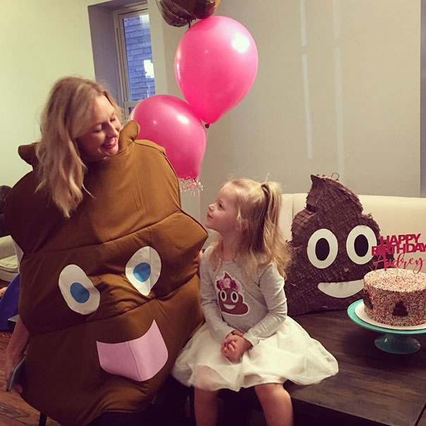 3-year-old-girl-poop-birthday-party-audrey-7
