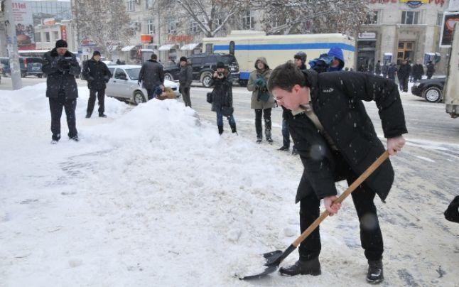 """Primarul Dorin Chirtoacă: """"Toți să rămână acasă! Situația excepțională se extinde pe întreg municipiul Chișinău!"""""""