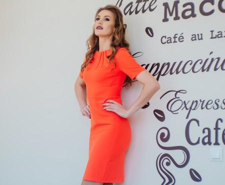 10 întrebări de stil pentru Tatiana Heghea. Ce reguli stricte respectă și care e pentru ea lungimea perfectă a fustei