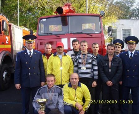 Radu Tudorean a salvat de la moarte mulți oameni prinși în flăcări, focul l-a pedepsit cu maladia cancerului. Pompierul cere ajutor!