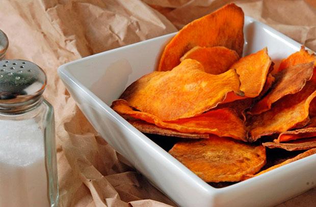 chipsuri-din-cartofi-dulci-1024x672