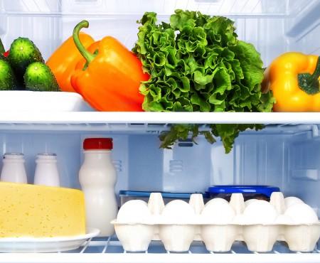 Supele, salatele cu maioneză și tocănițele din legume sau carne nu se mănâncă după 3-5 zile, chiar dacă s-au ținut în frigider