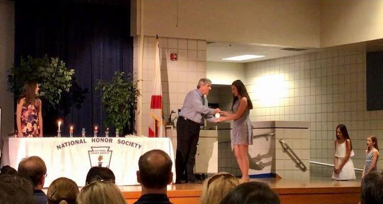 O moldoveancă de 14 ani, recunoscută printre cei mai buni elevi în programul Cambridge Secondary