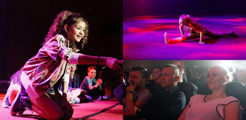 Iuliana Beregoi a avut un prim concert în România! Sora ei, Anișoara, a încins atmosfera cu numere de dans