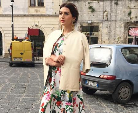 După o escapadă la Chișinău, Jasmin își filmează un clip pe străzile din Sicilia (FOTO)