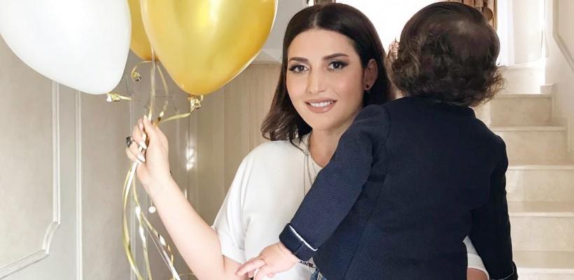 Jasmin a sărbătorit la Chișinău un an de la venirea pe lume a mezinului (FOTO)