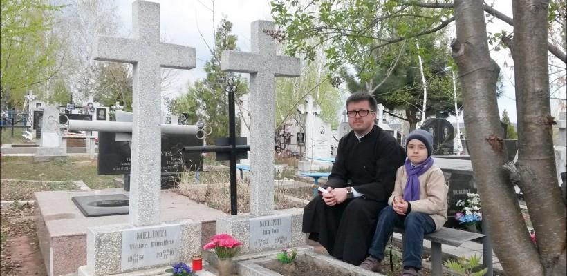 """""""Nu mâncați pe la morminte!"""" Preotul Maxim Melinti subliniază 8 reguli de comportament de Paștile Blajinilor"""