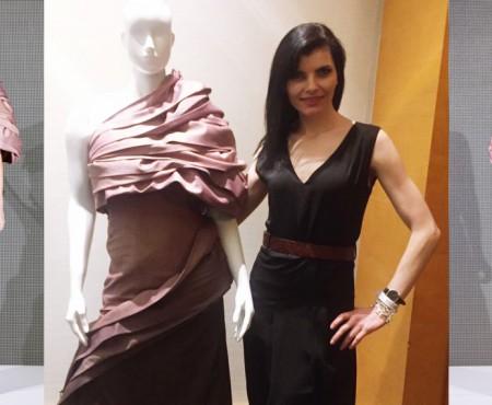 O rochie semnată de moldoveanca Rodica Goreea a obținut victorie la un concurs canadian de fashion