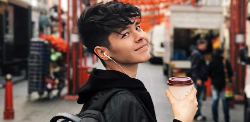 La numai 17 ani, un tânăr din Bulgaria vrea să aducă Eurovisionul acasă. Va cânta în semifinala 2