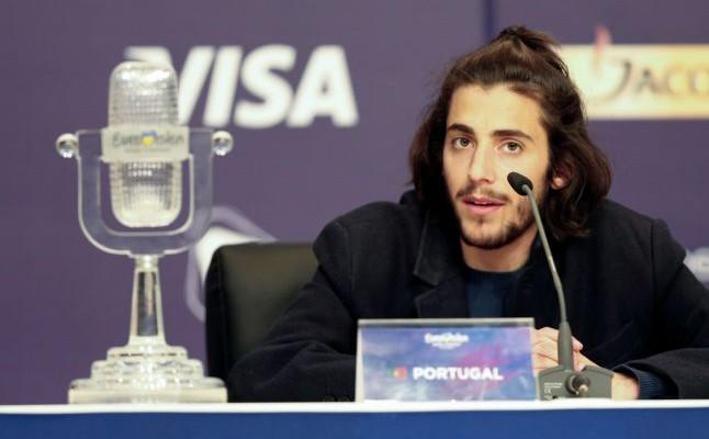 Agentul câștigătorului Eurovision Song Contest neagă că artistul ar avea nevoie de un transplant de inimă