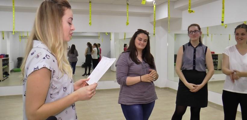 """Proiectul """"The Power of Jumping"""", lansat de Elena Ozun, lovește în grăsime. Talia unei tinere s-a subțiat cu 19,5 cm într-o lună"""