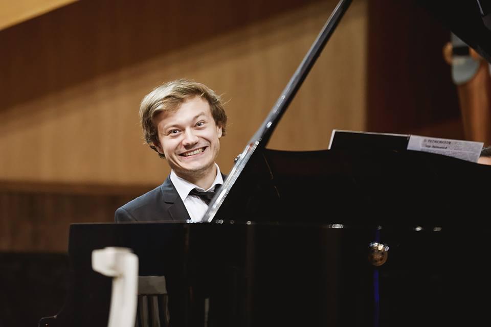 Marcel Lazăr piano