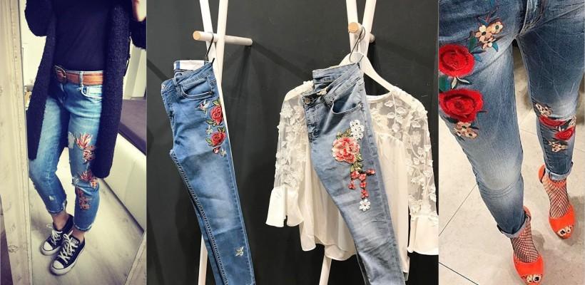 Blugii cu imprimeuri florale brodate – marele atu al fashionistelor, primăvara asta. Cum îi poartă (FOTO)