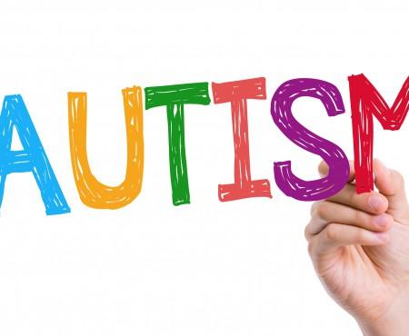 Vești bune pentru părinții care au copii cu autism! Ei nu mai sunt singuri în fața tulburării neurologice. Vedeți ce se schimbă