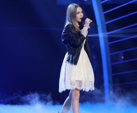"""Eva Timush va alege între concertul jubiliar al lui E. Doga și finala concursului """"Românii au Talent"""""""