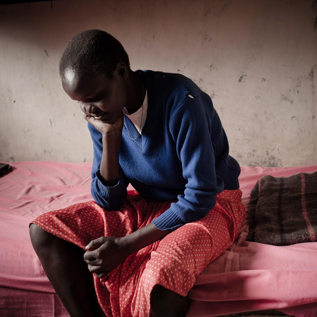 DSC_4981 Sharon, a guest of Kongelai rescue centre. She escaped home to avoid FGM and the marriage with a 60 years old man that her family arranged for her. After her escape, her mother committed suicide. West Pokot, Kenya. 2015 Sharon, una delle ospiti del centro di recupero di Kongelai. E' fuggita da casa per evitare le MFG e il matrimonio combinato con un uomo di 60 anni. Dopo la sua fuga, la madre di Sharon si è suicidata. West Pokot, Kenya. 2015