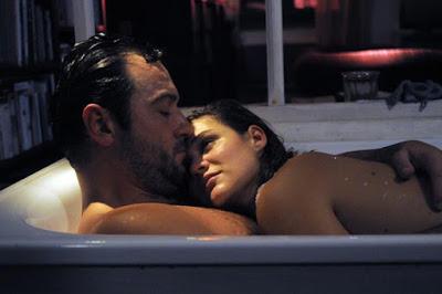 De câte ori, atunci când faceți amor, v-ați admirat partenerul?