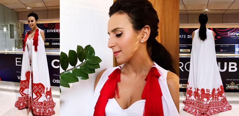 Jamala a atras toate privirile cu ținuta purtată la deschiderea Eurovision Song Contest