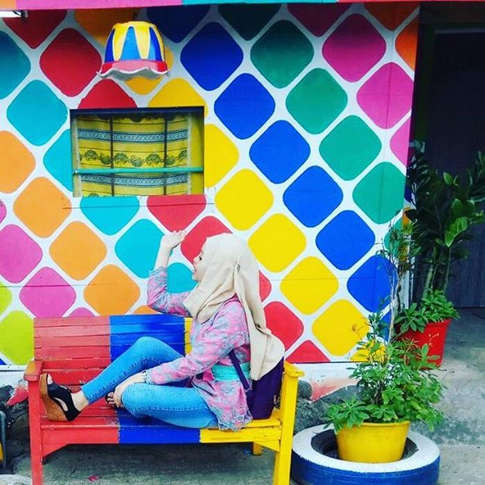 rainbow-village-kampung-pelangi-indonesia-2