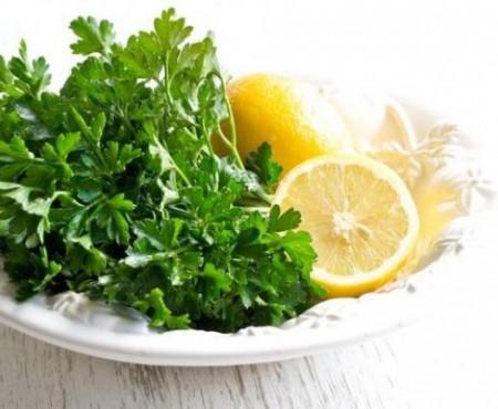 Scapă de riduri cu doar două ingrediente! Acest remediu te va ajuta să îți păstrezi tinerețea pentru mult timp