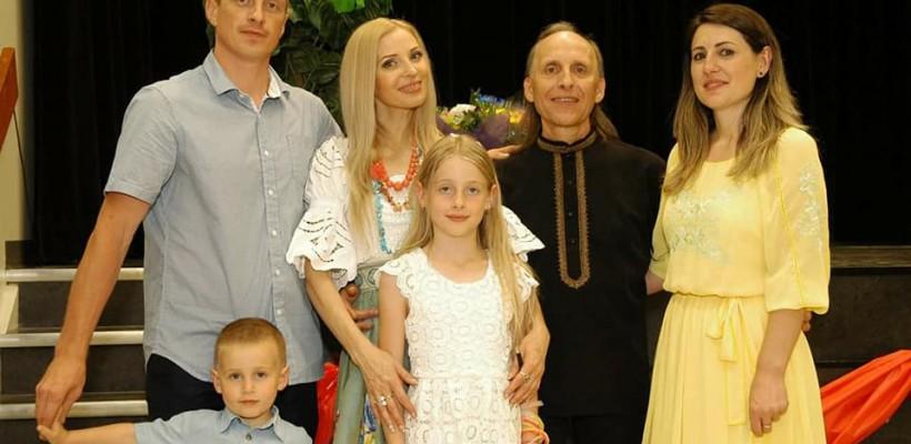 Frații Bivol au alinat dorul moldovenilor stabiliți în Canada printr-un concert de excepție (FOTO/ VIDEO)