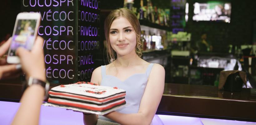Încă o jurnalistă din Moldova a lansat o colecție de haine. A lăsat televiziunea pentru industria modei