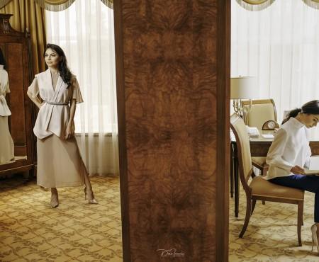 Bluze fine și croieli delicate în noile modele de vară ale brandului Nikita Rinadi. Iată unde le poți găsi