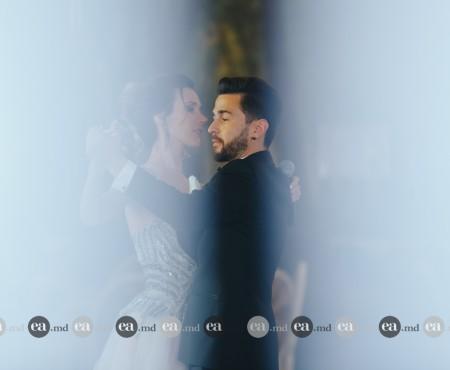 Pasha Parfeni și-a făcut iubita să cânte cu ocazia nunții lor. Vezi imagini cu primul lor dans în calitate de soț și soție