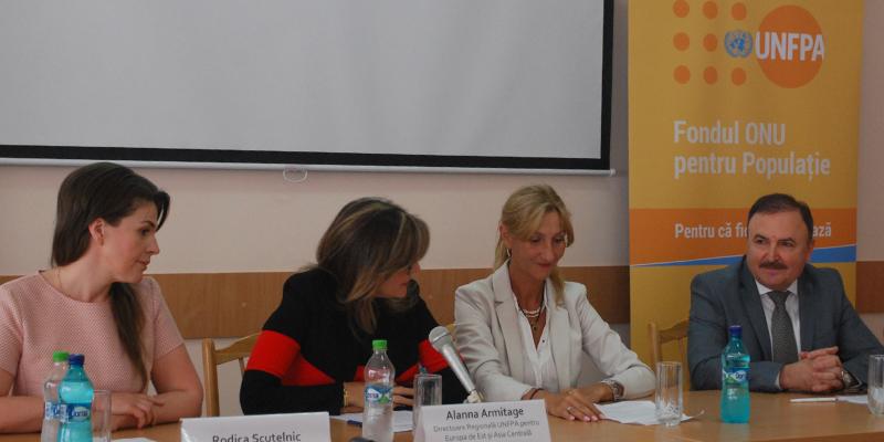 Și la Chișinău – curs intensiv pentru medicii obstetricieni-ginecologi. Procedura medicală are scopul să descopere leziunile precanceroase