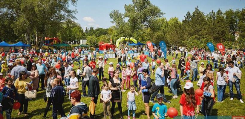 """Festivalul """"Bucurie în Mișcare"""" a reunit la Orhei sute de participanți. Ce program vă așteaptă la Chișinău, Bălți și Cahul"""