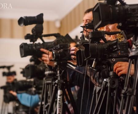 Interact Media – EA.md și AGORA angajează editor de imagine