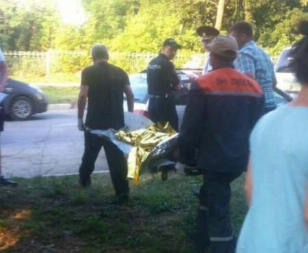 Băiatul de 4 anișori, care a căzut de la etajul 6, se juca pe pervaz cu frățiorul său. Detalii despre tragicul incident