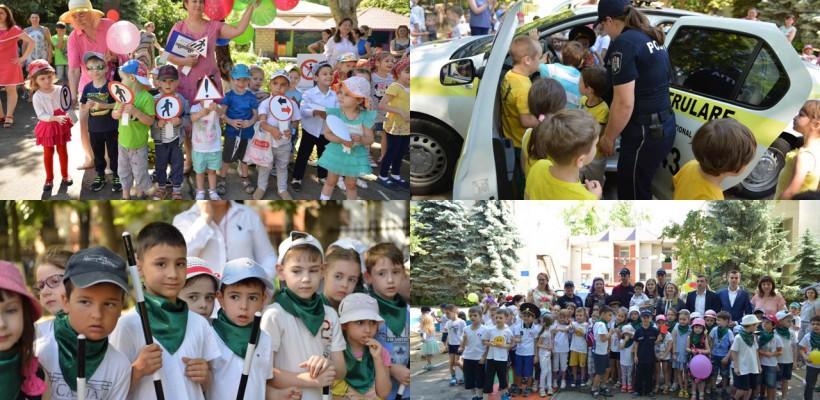 Copiii unei grădinițe din Chișinău au făcut cunoștință cu regulile de circulație prin joc și distracție (FOTO)