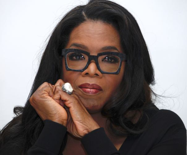 """Celebra prezentatoare TV Oprah Winfrey a rămas însărcinată la 14 ani după viol. """"Credeam că moartea este singura soluție"""""""