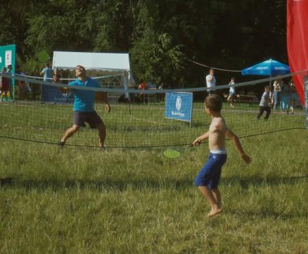 """Moldovenii și-au amintit de jocurile îndrăgite în copilărie la festivalul """"Bucurie în mișcare"""", susținut de Kaufland"""