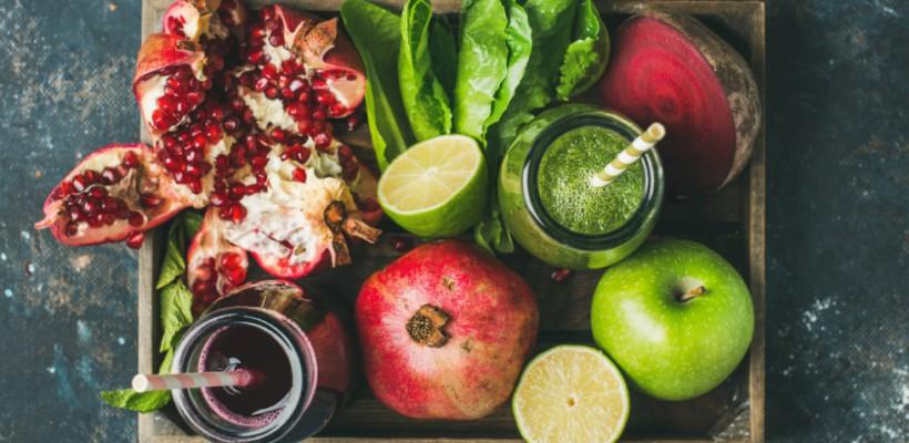 Optezi pentru o alimentație mai sănătoasă?! Iată 6 moduri ușoare cum poți adăuga în mâncare fructe și legume