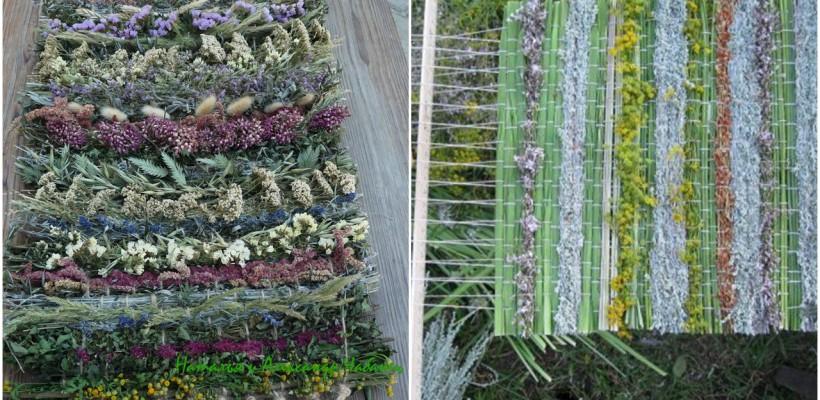 Vizitatorii Festivalului Art-Labyrinth din acest an vor învăța să țese accesorii din iarbă și plante