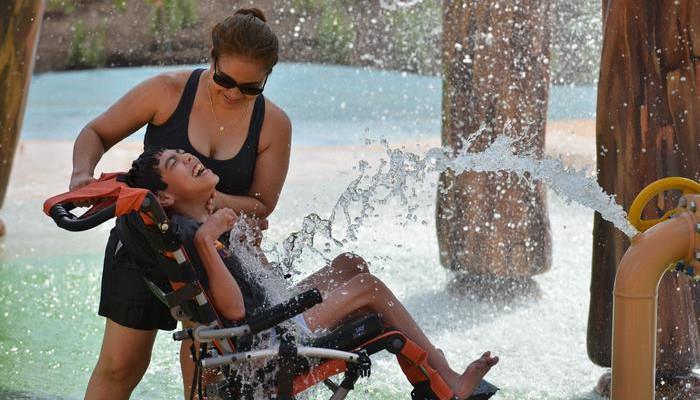 Unicul Aqua Park din lume, realizat special pentru oamenii cu dizabilități (Foto)