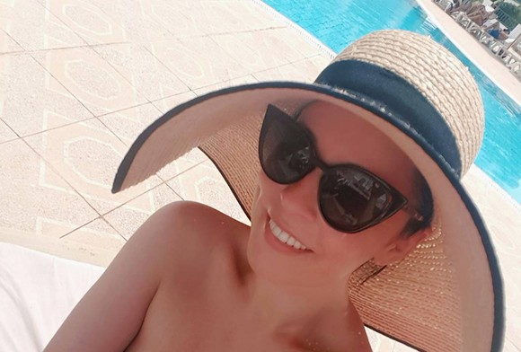 Imagini provocatoare cu Andreea Marin în costum de baie! Vezi cum arată Zâna
