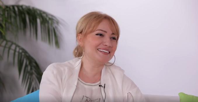 """Adriana Ochișanu, mamă după 30 ani: """"Medicii nu prea îmi dădeau șanse, eu pusesem cruce"""""""
