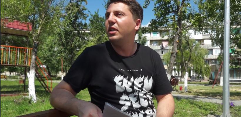 """Moldoveanul la nevoie se cunoaște…Tânărul căruia i s-a furat mașina la Zatoca a cerșit bani ca să plătească """"ajutorul"""" consulatului Republicii Moldova"""