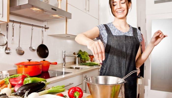 10 produse din bucătăria ta care nu expiră niciodată