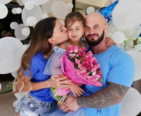 Geegun și Oksana Samoylova, de 6 ani părinți! Ce petrecere au organizat pentru Ariela (FOTO)