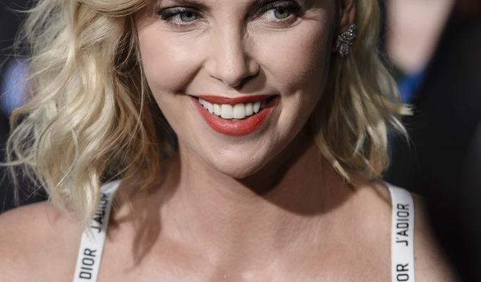 Pe covorul roșu, în sutien! Ce ținută a ales să poarte o actriță de la Hollywood în cea mai recentă apariție