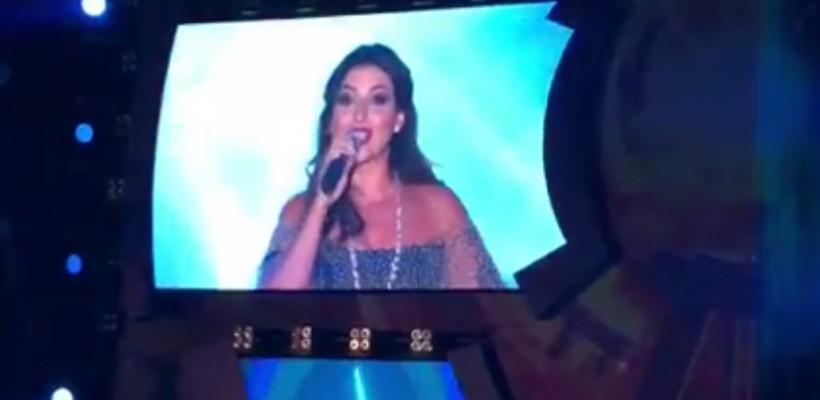 Interpreta Jasmin cântă în limba română după doi ani de la primele lecții (VIDEO)