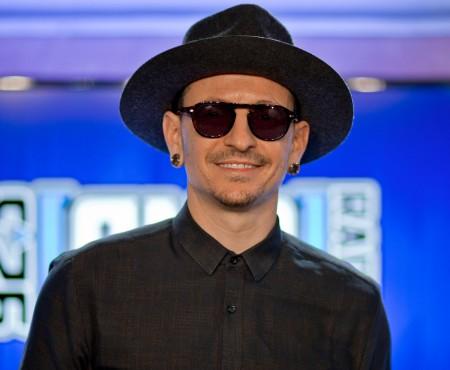 Solistul trupei Linkin Park s-a stins din viață la 41 de ani. Chester Bennington s-a sinucis