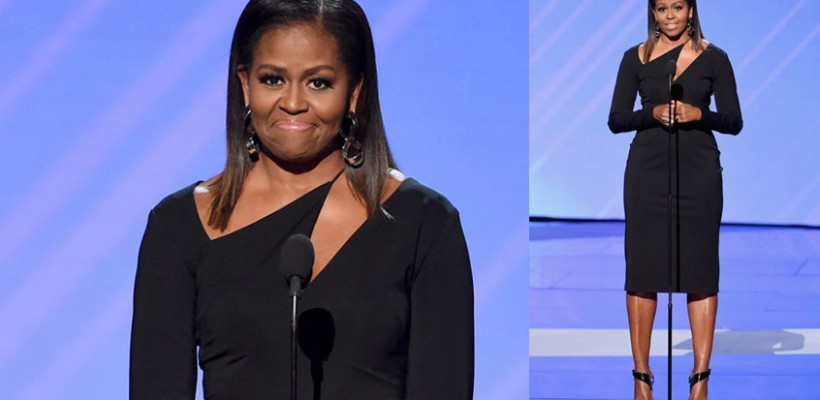 Michelle Obama, întâmpinată cu aplauze la o Gală de peste ocean. Admiră-i ținuta elegantă