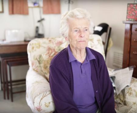 O bunică de 86 de ani face cascadorii extreme! Care este scopul bunicuței?
